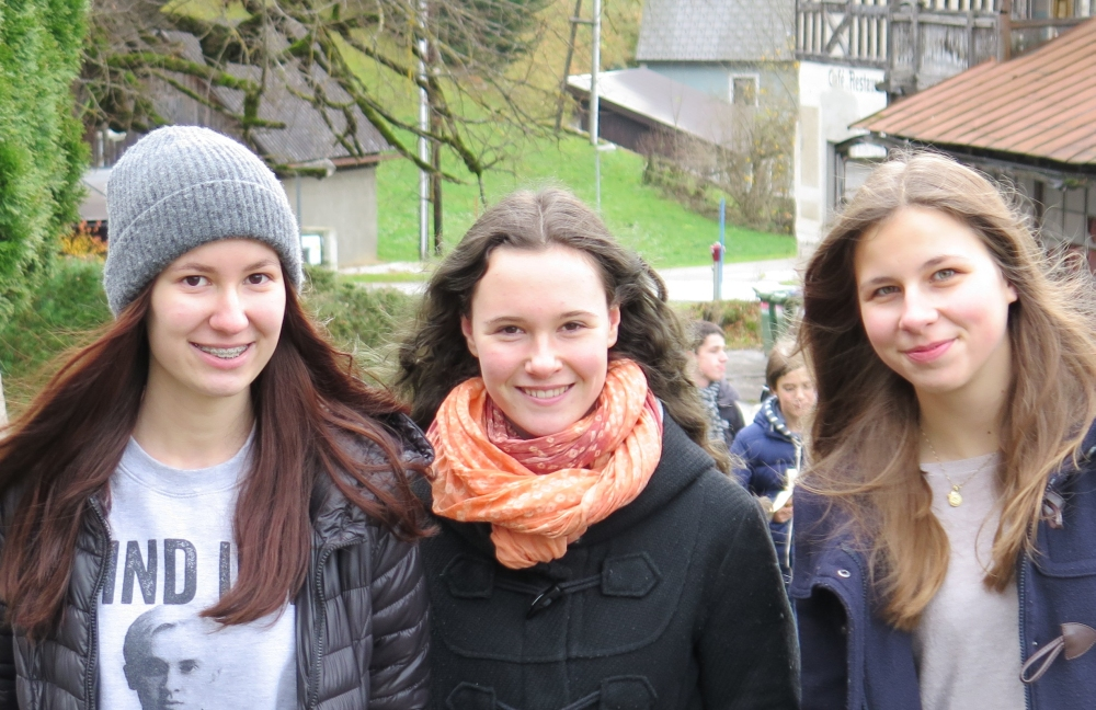 Esther, Gela & Franzi_1000x