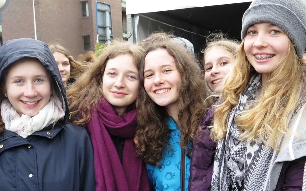 Vroni, Hannah, Amelie, Gela, Marlena & Alexia_1000x